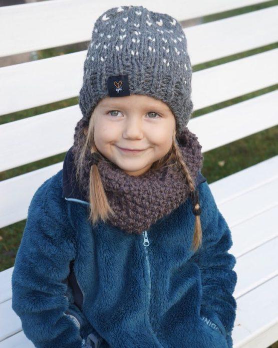 Stickad barnhalsduk | Olivia Junior - Halsduk för barn
